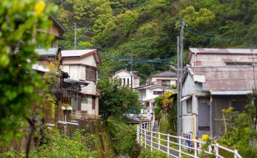 奄美市名瀬路地裏風景