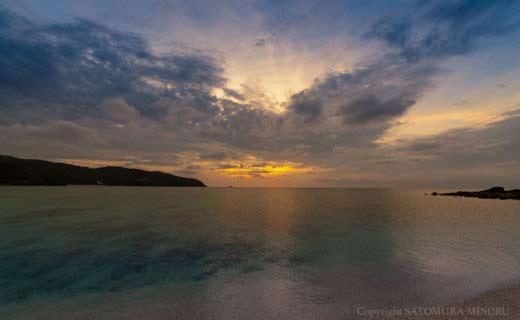 知名瀬漁港の夕日