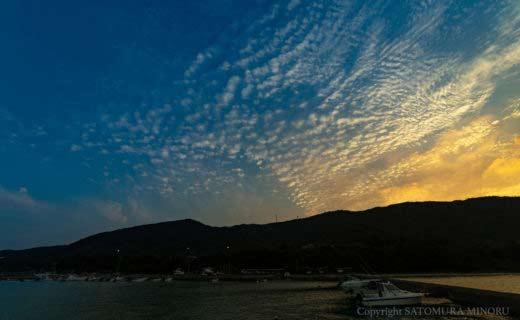 芦徳漁港の夕日